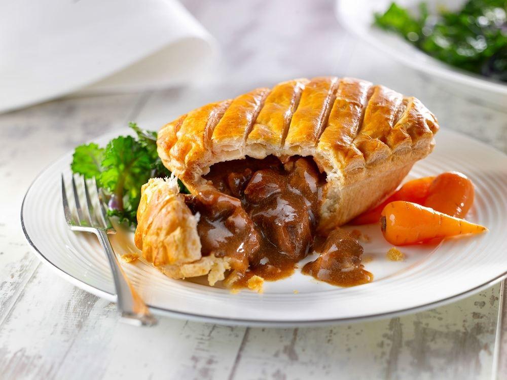 Wrights Unbaked Steak & Kidney Pie 32x195g - Bradleys